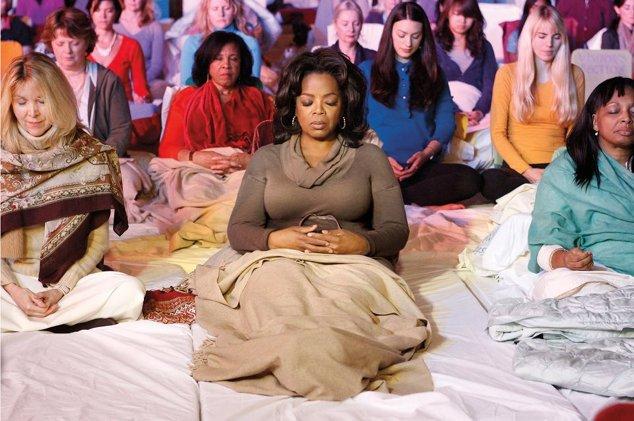 Orah Transzcendentális Meditációt gyakorol a Maharishi Menedzsment Egyetemen