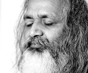 maharishi-mahesh-yogi-1